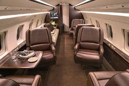 Challenger 601 - Comfortably seats 19 passengers