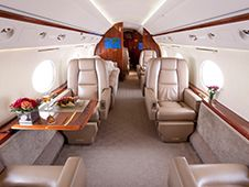 Gulfstream GIV-SP - Comfortably seats 16 passengers