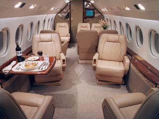 Hawker 4000 - Comfortably seats 14 passengers