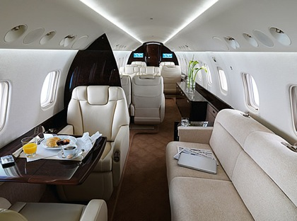 Legacy 650 - Comfortably seats 14 passengers