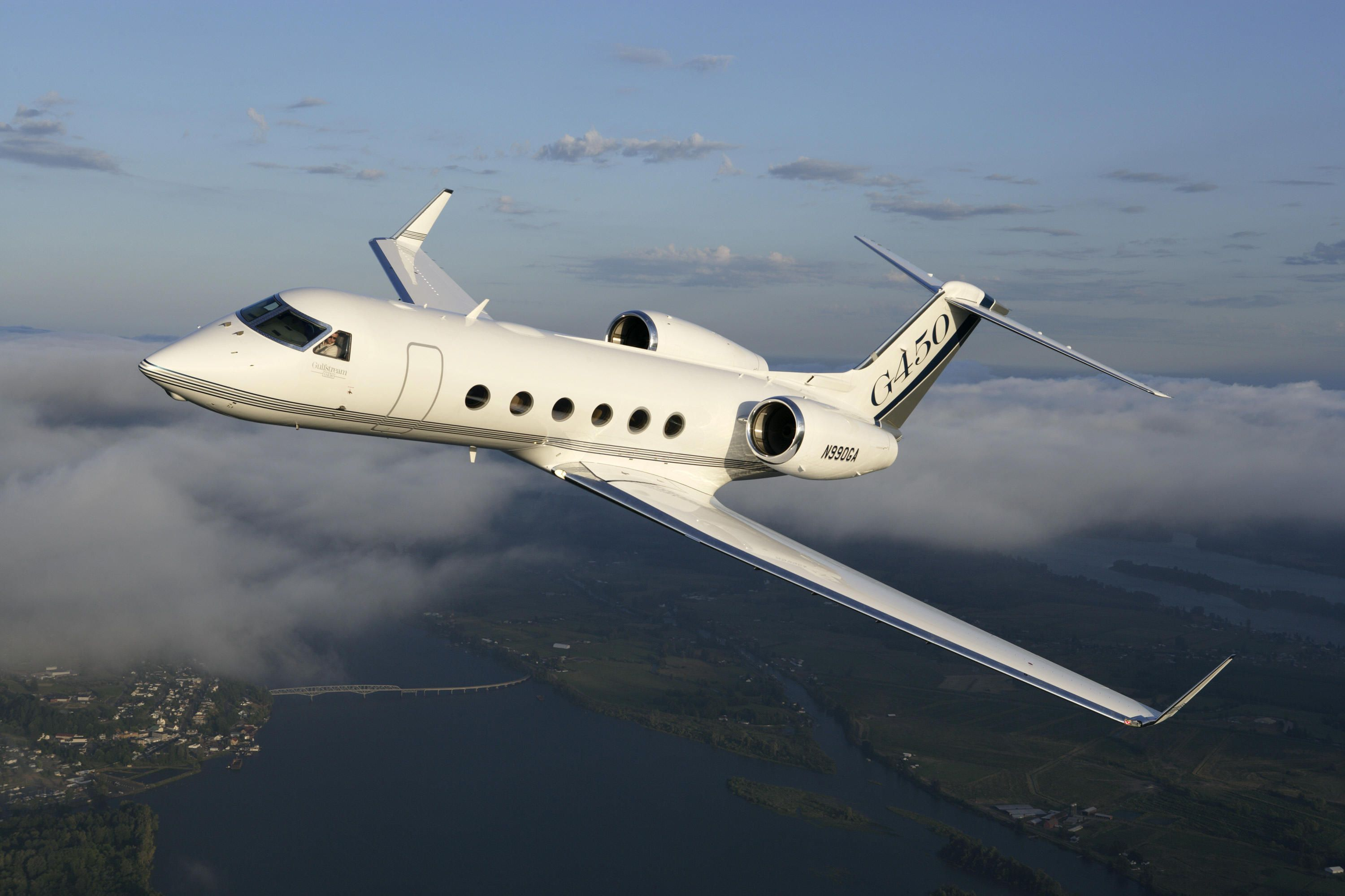Fly Private in a Gulfstream G-450