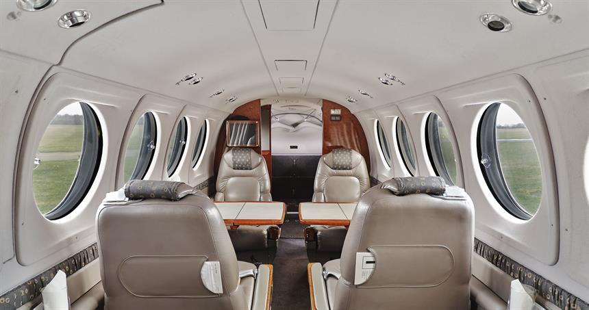 King Air 200 Charter Evojets